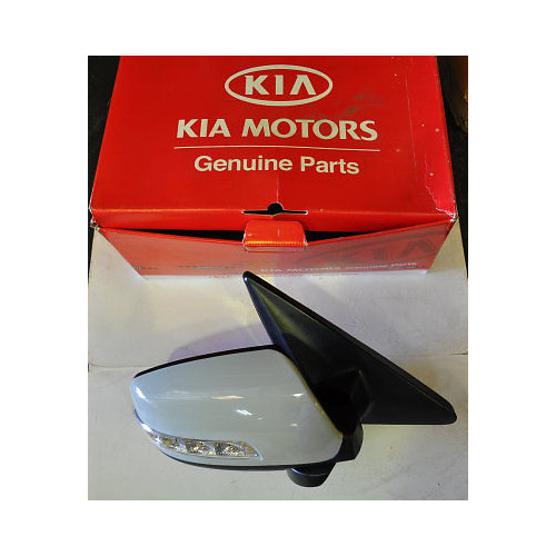 KIA SORENTO MY09-10 RIGHT MIRROR ASM